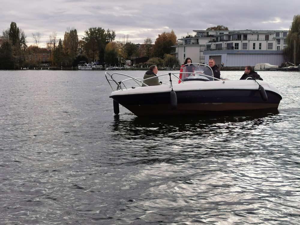 Training zum Bootsführerschein BInnen
